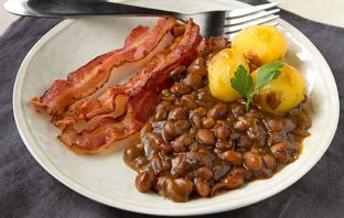 b12-swedish-baked-brown-beans-1